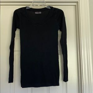 Michael Stars long sleeved black shirt